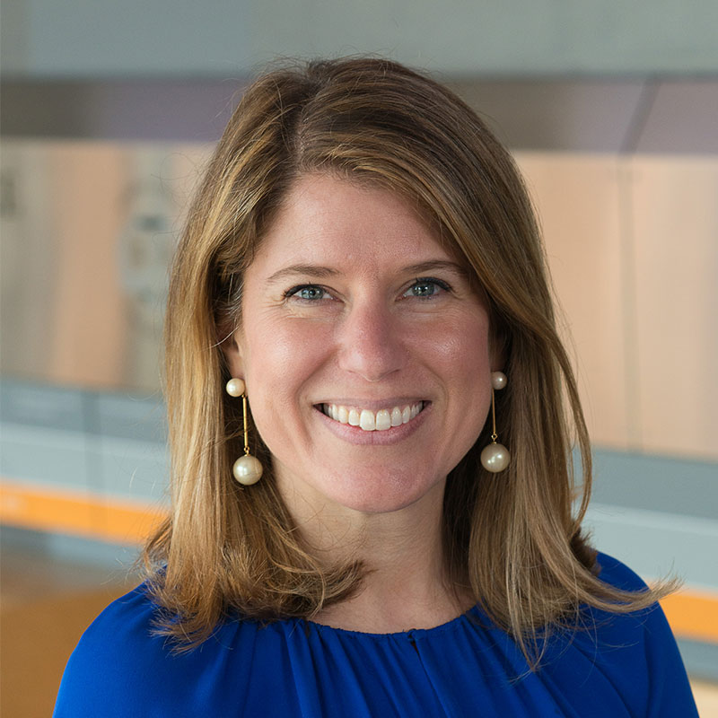 Alumni President Jenny Cizner